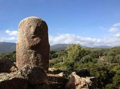 The most famous megalithic site of Corsica, on the hill of Turicchju near the hamlet of Filitosa, was inhabited since the Neolithic Cardial - that is to say towards 6,000 BCE