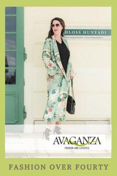 Meine persönlichen Fashion Empfehlungen für Frauen über 40. #40plus #fashion40plus Business Fashion, Passion For Fashion, Work Wear, Most Beautiful, Duster Coat, Fashion Bloggers, Womens Fashion, German, How To Wear