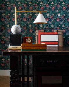 - Visual Comfort Cleo Desk Lamp in Bronze & Antique Burnished Brass Desk Lamp, Table Lamp, Visual Comfort Lighting, William Morris, Corner Desk, Interior Design, Chair, Luxury, Wallpaper