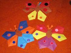 * Vlinders: vouwen van zes vliegers vliegers Eric Carle, Flower Crafts, More Fun, Bugs, Safari, Origami, Presents, Clip Art, Butterfly