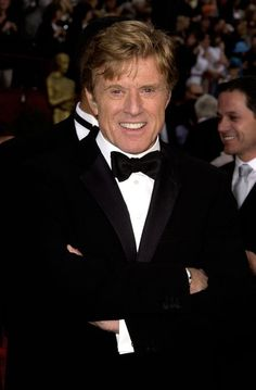 16 Dreamy Photos of Robert Redford In Honor of His Birthday The treated Robert very well. Vintage Movie Stars, Old Movie Stars, Vintage Movies, Robert Redford, Hollywood Men, Hollywood Stars, Classic Hollywood, John Wayne, Celebrity Couples