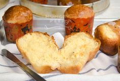 Freshly Baked Brioche Buns In All Shapes & Sizes   Hungry Peepor Bread Winners, Make French Toast, Vanilla Paste, Baking Classes, Types Of Bread, Baking Cups, Cook At Home, Cooking School, Dry Yeast