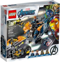 Captain America and Hawkeye's LEGO Avengers truck is ambushed by 2 bad guys on a motor-trike with a drone. Time to reveal the truck's secret crossbow! Kids will love this cool superhero action set with 4 LEGO minifigures and the Avengers truck. Films Marvel, Marvel Avengers Movies, Marvel Comics, Hawkeye, Lego Marvel's Avengers, Captain America, Disney Marvel, Lego Sets, Legos