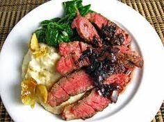 Slow Cooker Beef Steak in Wine Sauce