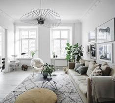 Loving all the light in this Swedish space for sale through @entrancemakleri right now, how about you?! (Full tour on the blog today). 🌟🌟🌟📸 @fotografanders #swedish #swedishhome #livingroom