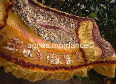 agnès mordancé© créations feutrées - élole nuno laine mérinos feutrée sur bourrete de soie or / felted gold nuno scarf