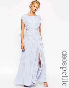 Powder blue bridesmaid dresses: http://flyawaybride.com/powder-blue-bridesmaid-dresses/  |