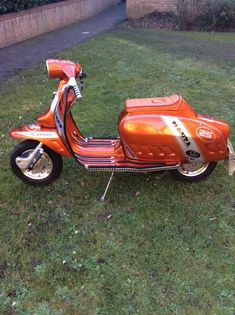 Lambretta Scooter, Scooter Motorcycle, Vespa Scooters, Motor Scooters, Motorcycles, Vehicles, Vespas, Motorbikes, Scooters