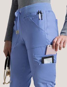 10 Pocket Cargo Pant in Ceil Blue - Medical Scrubs - Nursing ⚕️ - Women in Uniform Scrubs Outfit, Scrubs Uniform, Ceil Blue Scrubs, Scrubs Pattern, Stylish Scrubs, Cute Scrubs, Medical Scrubs, Nursing Scrubs, Vet Tech Scrubs