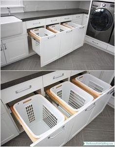 Solução perfeita para a roupa suja! Para soluções em organização como esta, contrate a Brinco de Casa! www.brincodecasa.com #personalorganizer #organização