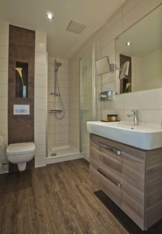 fertighaus wohnidee wellness bad mit sauna wohnideen badezimmer pinterest saunas. Black Bedroom Furniture Sets. Home Design Ideas