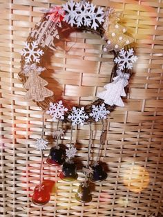 """Piccola coroncina natalizia """"rustica"""""""
