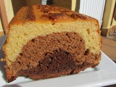 Plum-cake de tres chocolates con thermomix