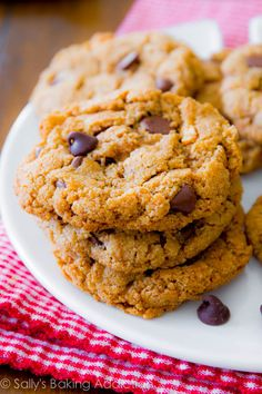 These Gluten-Free Almond Butter Chocolate Chip Cookies are so delicious, you won't miss the butter and flour! This Gluten-Free Almond Butter Chocolate Chip Cookies recipe has just five ingredients. Almond Butter Cookies, Gluten Free Chocolate Chip Cookies, Gluten Free Cookies, Gluten Free Baking, Gluten Free Desserts, Chocolate Chips, Peanut Butter, Paleo Dessert, Dessert Recipes