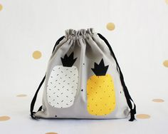 Pineapple pattern / cotton pouch / bag pattern pineapple / 100% cotton / handmade / sewn and hand painted