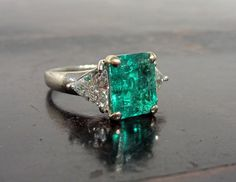 Incredible Vintage Emerald and Diamond Ring 18k