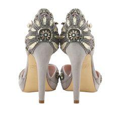Gatsby inspired shoes - fabulous Art Nouveau, Grey Wedding Shoes, Bridal Shoes, Art Deco Fashion, Fashion Shoes, El Gran Gatsby, Style Année 20, Art Deco Jewelry, Art Deco Wedding