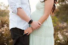 So cute.   Torrey Pines Maternity Session   The Cole Family