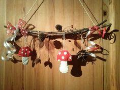 Herbstdeko auch mit Kindern zu basteln Step Halloween parties Occasion Kickoff: Look at that Handmade Crafts, Diy And Crafts, Arts And Crafts, Recycled Crafts, Autumn Crafts, Nature Crafts, Halloween Crafts For Kids, Christmas Crafts, Cuadros Diy