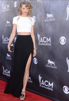 objc8i-l-610x610-skirt-maxi+skirt-black+maxi+skirt-black+thigh+split+skirt-crop-white+crop-white+crop-midriff-high+heels-short+bob-taylor+swift-beautiful-summer-cute-summer+trend-acm-curled+hair.jpg (418×610)