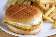 My Lil Foodie Princess McDonald s Filet O Fish and French Fries Late Dinner Sandwich Fish Filet O Fish Sandwich Recipe, Sandwich Recipes, Sauce Recipes, Fish Recipes, Great Recipes, Healthy Recipes, Cudighi Recipe, Enchirito Recipe, Mcdonald's Filet O Fish
