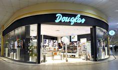 Douglas Polska to największa sieć perfumerii w Polsce. Posiada ponad 100 sklepów o zróżnicowanych formatach w najlepszych centrach i galeriach oraz przy prestiżowych ulicach handlowych. Douglas jest też właścicielem pierwszej w Polsce w pełni autoryzowanej perfumerii internetowej. Sieć zatrudnia blisko 1200 osób. Na świecie funkcjonuje od ponad 60 lat.