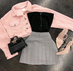 Back to Basics Scrunch Tube Top Black Teen Fashion Outfits Basics black Scrunch Top Tube Girls Fashion Clothes, Teen Fashion Outfits, Mode Outfits, Cute Fashion, Look Fashion, Fall Outfits, Girl Fashion, Skirt Outfits, Teenage Girl Outfits