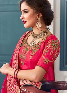 Largest selection of lehenga choli from popular indian online shops. Grab it now! This vibrant jacquard silk lehenga choli for mehndi, sangeet and wedding. Kids Blouse Designs, Banarasi Lehenga, Indian Online, Hot Pink, Sari, Embroidered Lace, Elegant, Salwar Kameez, Model