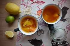 Tea with citrus fruit, papaya and clove, prepared by yourself, is a pleasant ending of the day when we are greeted by gloomy autumn or winter weather. Properly prepared tea not only warms us up, but also improves immunity through the high content of vitamin C in oranges, lemon and lime. By the way, it will improve the mood and remind you of the flavours of summer.