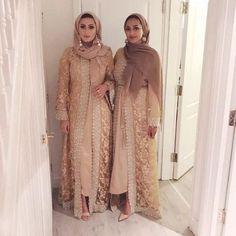 Ideas dress hijab wedding abayas for 2019 Asian Bridesmaid Dresses, Asian Wedding Dress, Pakistani Wedding Outfits, Muslim Wedding Dresses, Pakistani Dresses, Indian Dresses, Indian Outfits, Wedding Abaya, Abaya Fashion