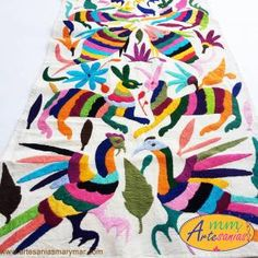 Camino de Mesa de colores, Bordado de Tenango. www.artesaniasmarymar.com