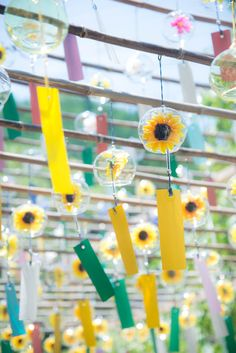 Aesthetic Japan, Japanese Aesthetic, Cute Wallpaper Backgrounds, Cute Wallpapers, Iphone Wallpaper Japan, Japanese Wind Chimes, Photographie Portrait Inspiration, Glass Wind Chimes, Sunflower Wallpaper