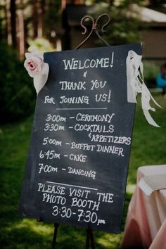 Such a fun chalk board idea! But having my wedding planned by the hour is so me. Do this as a separate printout also. Chalkboard Wedding, Wedding Signage, Wedding Programs, Wedding Chalkboards, Chalkboard Decor, Cute Wedding Ideas, Wedding Inspiration, Wedding Trends, Our Wedding