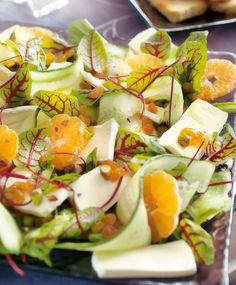 Raikas joulusalaatti | Maku Caprese Salad, Cobb Salad, Tasty, Yummy Food, Health And Wellbeing, Brie, Salad Recipes, Potato Salad, Sushi