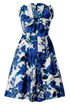 Stand out in a crowd in this bold rose-print prom dress. A nipped-in waist, strong pattern and full skirt make this frock the perfect choice if you want to conceal some curves and show off others!