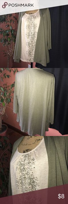 White Stag top SZ XXl(20) top by White Stag. VGUC. 3/4 sleeve length. This looks like a two piece item, but is not. Has sequins on the front. Pet and smoke free home. White Stag Tops Blouses