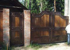 Кованые ворота В-178 распашные с деревом