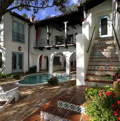 Love this style: Handmade Ceramic Tiles: Mizner Industries Hand Painted Ceramics Designs Custom Trim Field Kitchens Bathrooms Spas Pools Murals Fountains Italian Spanish Portuguese Dutch Mediterranean: style bathrooms terra cotta Spanish Style Homes, Spanish Revival, Hacienda Style Homes, Mexican Style Homes, Spanish Style Decor, Spanish Hacienda Homes, Spanish House Design, Spanish Colonial Kitchen, Spanish Style Interiors