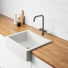 Exceptional Kitchen Remodeling Choosing a New Kitchen Sink Ideas. Marvelous Kitchen Remodeling Choosing a New Kitchen Sink Ideas. Best Kitchen Sinks, Kitchen Mixer Taps, Cool Kitchens, Ikea Kitchen Sink, Kitchen Faucets, Ikea Farm Sink, Tiny Kitchens, Dream Kitchens, Luxury Kitchens