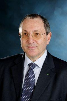 """OFFIDA – Luigi Costantini, di Offida, insegnante presso l'istituto """"C.Ulpiani"""" di Ascoli Piceno, è stato rieletto all'unanimità presidente dell'Assoenologi Marche. La nomina è stata ufficial…"""