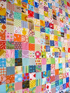 I love postage stamp quilts ♥