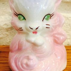 Vintage Hull Pink Kitten Vase from the USA by BobsGoodJunk on Etsy