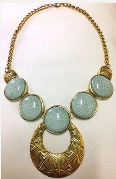 Maxi colar retrô em ouro velho com pedras