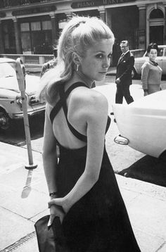 Catherine Deneuve. #EresInspired #CatherineDeneuve #Parisian #Lingerie #FW15 #BlackandWhite #Luminous #Blackdress #Street
