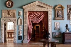Marquis, World Of Interiors, French Interiors, Classic Interior, Sculpture, Architecture Details, French Architecture, Oeuvre D'art, Window Treatments