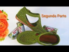 Crochet Shoes Pattern, Crochet Socks, Shoe Pattern, Knitted Slippers, Knitting Socks, Free Knitting, Crochet Granny, Loom Knitting Patterns, Knitting Stitches