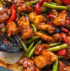 The best ever chicken green bean stir fry is absolutely mouth-watering. If you want to learn how to make this sweet chili chicken keep reading. Asian Recipes, Beef Recipes, Chicken Recipes, Cooking Recipes, Healthy Recipes, Kitchen Recipes, Stir Fry Recipes, Thai Recipes, Recipies