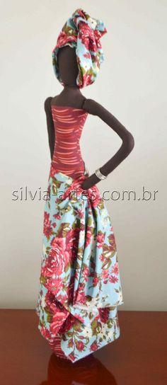 Boneca Africana III                                                                                                                                                                                 Mais