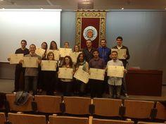 Foto de grupo con la entrega de títulos de la III Edición del Master en Dirección de Marketing y Comunicación Empresarial UPV (MACOM)