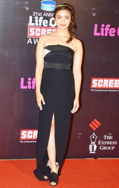 Alia Bhatt at Life OK Screen Awards 2015.